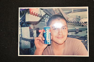 EARLY OPERATION IRAQI FREEDOM 1st ARMORED DIVISION PHOTO - SOLDIER WITH PEPSI