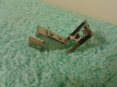 VINTAGE SINGER SIMANCO 161612 5mm ZIGZAG FOOT ATTACHMENT