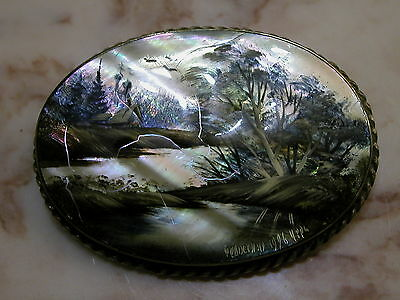 Vtg 1996 Russian Fedoskino Mother Of Pearl Hand Painted Winter Landscape Pin