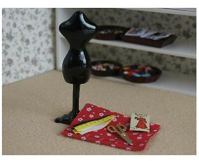 Dolls House Miniature: Dressmaker's Sewing Set :12th scale
