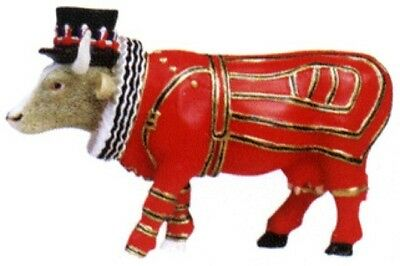 Cow Parade 2002 London BEEFEATER MINIATURE FIGURINE #7570 New & Hard to Find!