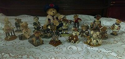Lot of 15 Boyds Bears & Friends The Bearstone Collection Resin Figurines + Plush