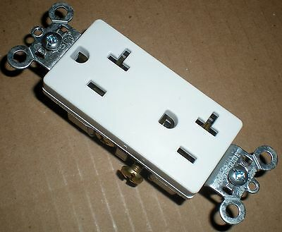 Electrical Outlet Decora 20 Amp Duplex Receptacle Pass & Seymour Legrand 885-20W