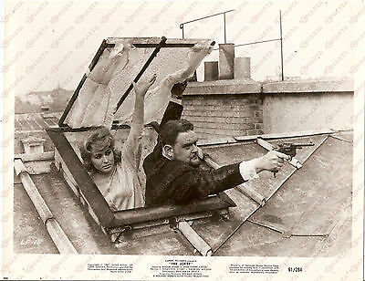 1960 THE JOKER Policeman pops out from skylight - Movie Philippe DE BROCA *Photo