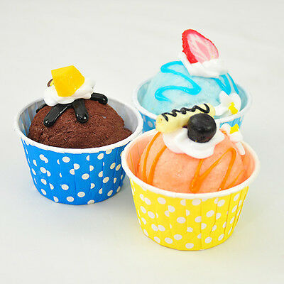 100 x Paper Cups for Cup a Cake Small Muffins Container For Party - Dots Style