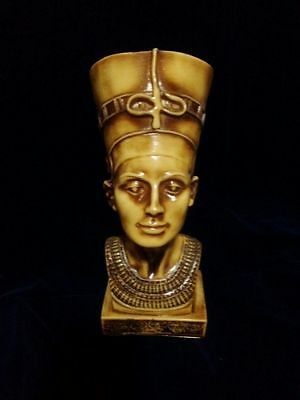 Ancient Egyptian Legendary Queen Nefertiti Pharaoh Wife Figurine Bust Statue