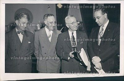 1947 John Remon Edward Baltz President Harry Truman Regatta Cap Press Photo