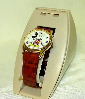 New in Display Case Mickey Mouse Watch w / MOP Dial & Brown Band
