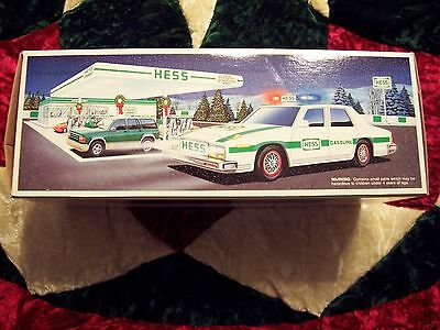 1993 Hess Toy Patrol Car withPulsating  Lights and Dual Sound Siren .