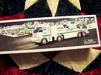2006 Hess Toy Truck and Helicopter with Lights and Operating Rotors .