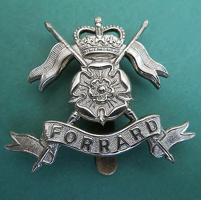 The Queen's Own Yorkshire Yeomanry British Army/Military Hat/Cap Badge