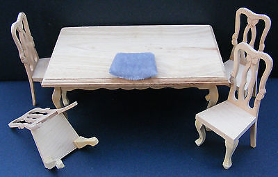 1:12 Scale Natural Finish Table & 4 Chairs Dolls House Miniature Kitchen BEF 079