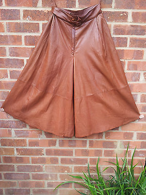 Vintage Tan Brown Buttersoft Leather Long Shorts UK size 10 Italy 42