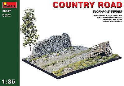 MINIART #36047 Country Road Diorama Base in 1:35