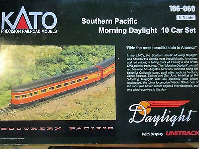 Kato 106-060 Southern Pacific Morning Daylight 10-Car Set w/Display Unitrack