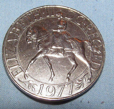 1977 Crown Coin English British Queen on Horse Eagle Silver Jubilee 25 Year OLD
