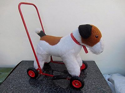 Lovely Vintage  Deans Gwentoy Push Along Toy Dog Excellent