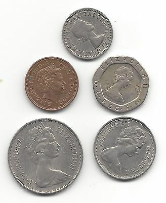 U.k. - Great Britain - Five Different Old Currency Coins