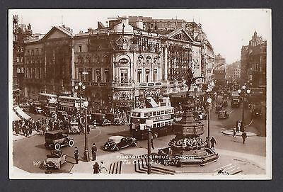 Piccadilly Circus,  London   -  Unposted  (RP)  (1613)