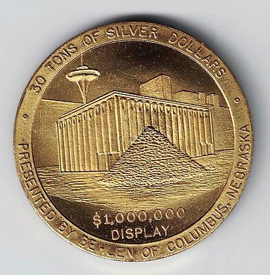 1962 Seattle World Fair Century 21 30 Tons Of Silver Dollars Brass Medal