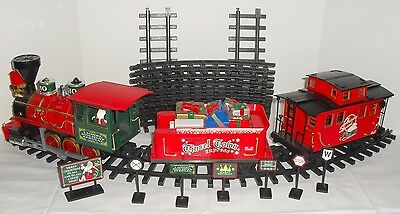 Lionel Holiday Christmas Battery Operated G Gauge Train Set Santa in Box Works!