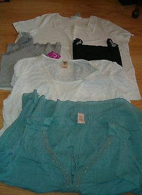 Lot of 4X Ladies tops/blouses, some new w/tags. 5  tops.