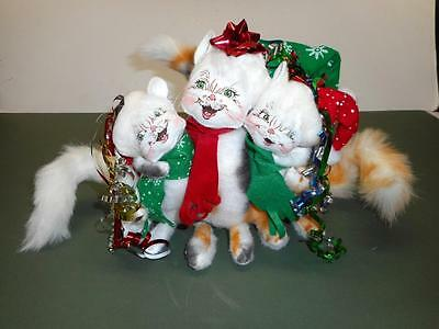 Annalee Christmas Dolls - Three Jovial Cats Joined Together for a Happy Holiday
