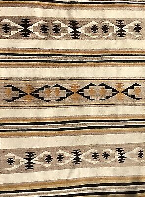 Beautiful and Large GENUINE CHINLE Banded NAVAJO RUG,near perfect condition, NR!