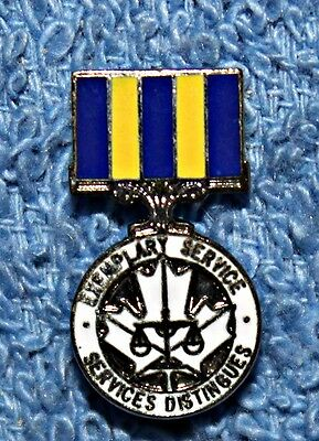 Modern  Canadian Police Exemplary Service Medal Lapel Pin