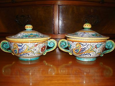Deruta Grazia Italy  pair of lidded bowls - dishes