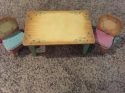 Retired Muffy Vanderbear Country Christmas Table & Chairs GUC