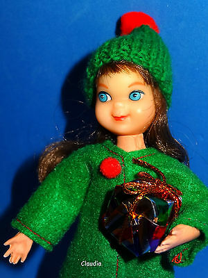 Vintage BRUNETTE TUTTI DOLL in RED & GREEN CHRISTMAS Outfit w/ Roller Skates