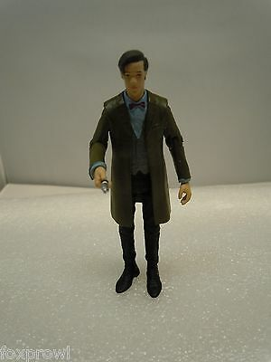 DR WHO 11th ELEVENTH 3.75 FIGURE Green Coat Gray Vest BBC Underground Toys