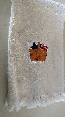 Longaberger retired all american tip towel, great condition!