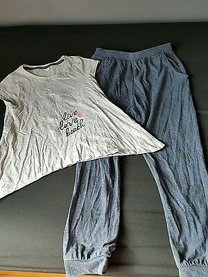 Girls top and bottoms set age 9 years