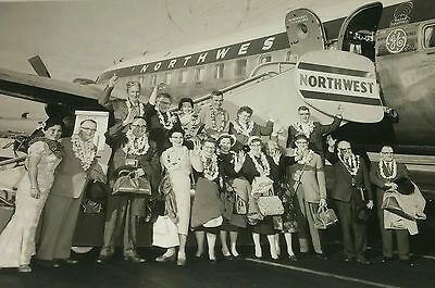 Vtg 1960 NORTHWEST AIRLINES Photo Card~Hawaii to Chinook Montana Air Mail~Lot N8