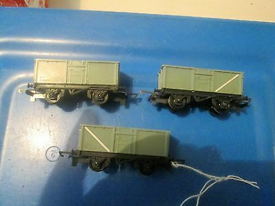 """Tri-Ang Tt Gauge` Railways (Three) """"t70"""" Mineral Wagons (In Excellent Condition)"""