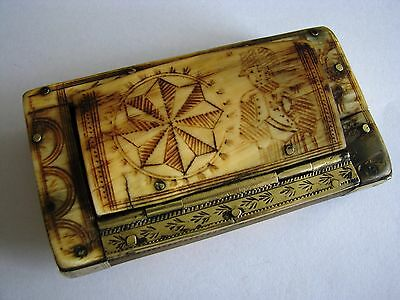 Antique Napoleonic french horn snuff box