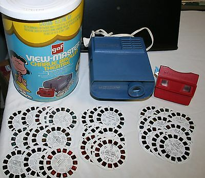 Vintage View Master Charlie Brown Theatre W/ Projector 31 Discs, Works, Peanuts