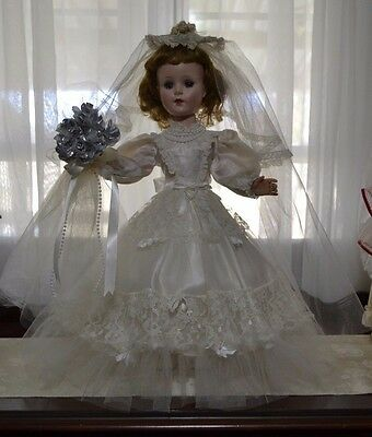 """Simply Amazing 1950's 21"""" American Character Sweet Sue Bride Doll"""