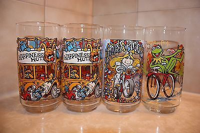 VINTAGE McDONALD'S 1981 THE GREAT MUPPET CAPER GLASSES - QUANTITY OF 4