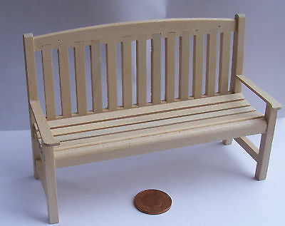 1:12 Scale Natural Finish Wooden Bench Dolls House Garden Furniture Accessory