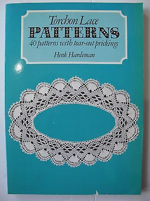 TORCHON LACE PATTERNS by HENK HARDEMAN - 40 PATTERNS WITH TEAR-OUT PRICKINGS