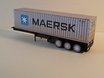 Container Trailer & 40' 'MAERSK' container 'OO'