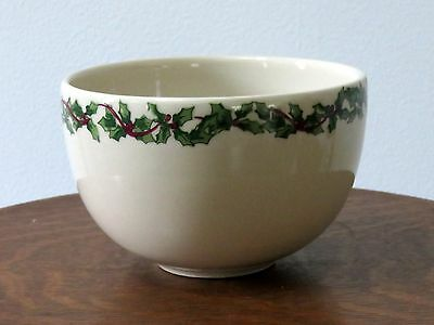 Henn Pottery Hollyware Holly Ware Ice Cream Bowl Serving Dish Holiday Mint Cond.