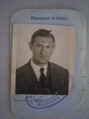 Palestine ID Document with Photo