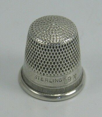 Vintage .925 sterling silver sewing thimble 9 W