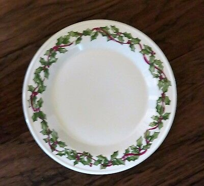 Henn Pottery Usa Made Hollyware 10 Inch Dinner Plate Holly Ware Christmas Dish