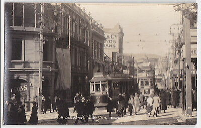 Real Photo Manners St Wellington New Zealand.(Pub by Frank Duncan)