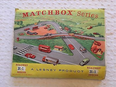 Matchbox  Lesney  Model R1 Roadway  With Fold Away Flyover Layout & Buildings